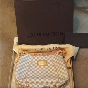 Louis Vuitton Galleria PM